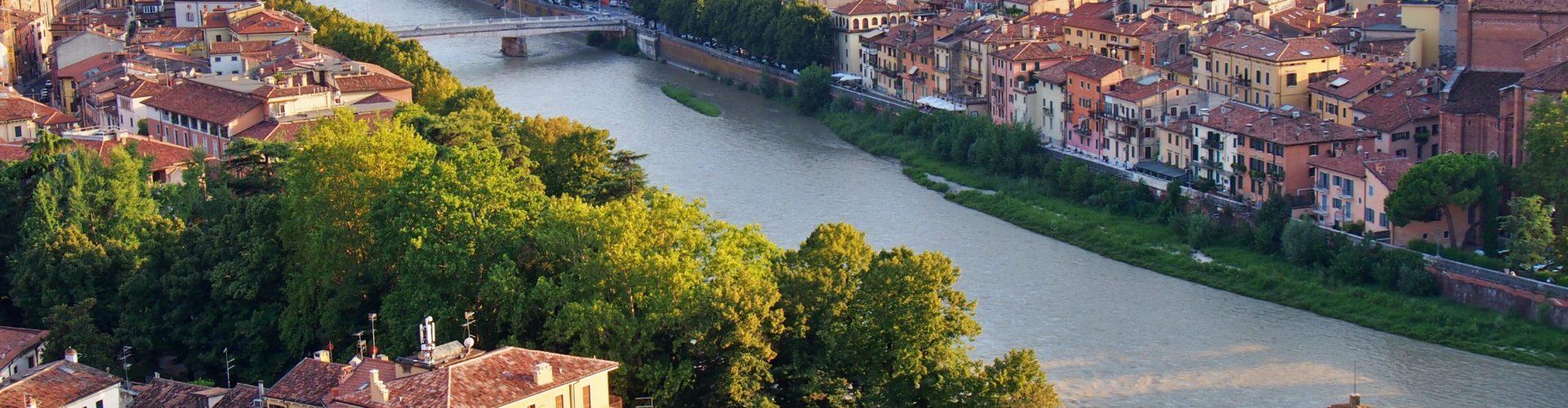 Verona a na skok k jezeru Lago di Garda